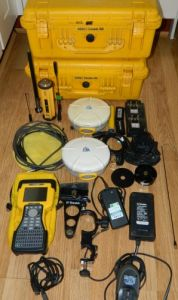 Trimble GPS 5800 Base and Rover